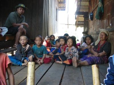 The children in Tadusuki Village 9 years ago